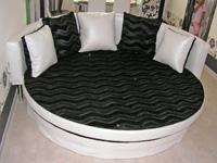 ...круглой кроватью с. дешС'вые диваны круглые диваны круглые.